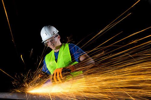 Безопасност на работа при работа с електрически ъглошлайф