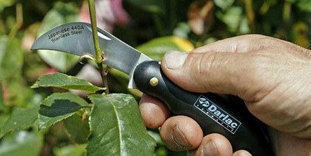 Градински нож