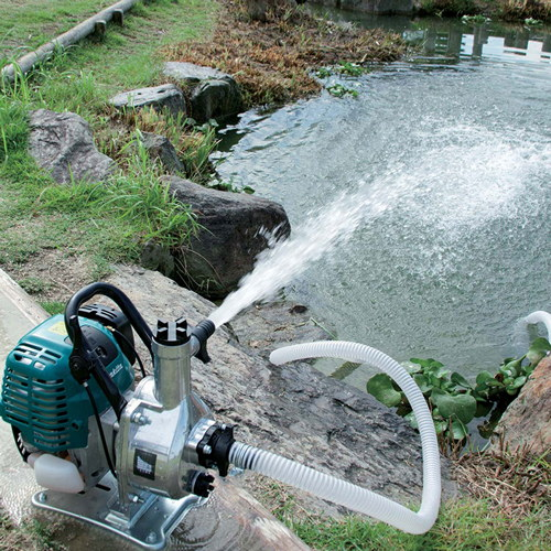 помпа изпомпва течност във вертикална или хоризонтална посока.